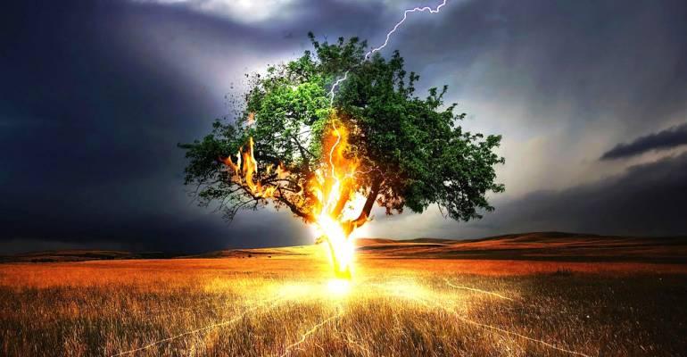 Ο θυμός, που κτίζει και ο θυμός, που καταστρέφει